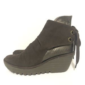 Fly London Yama suede wedge boots brown